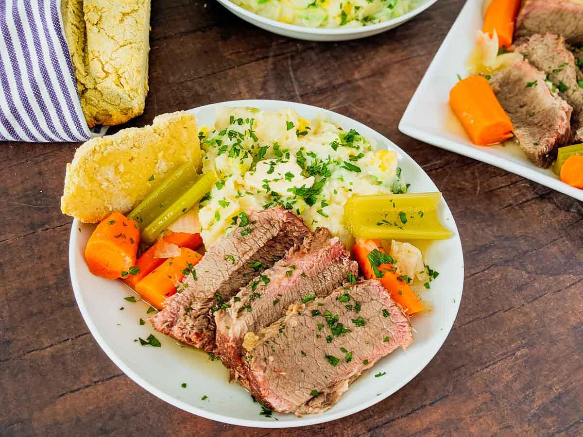 dinner plate of Irish meal