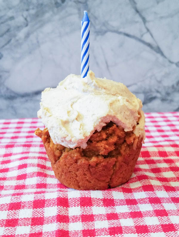 Pumpkin Pupcakes With Peanut Butter Frosting Peel With Zeal