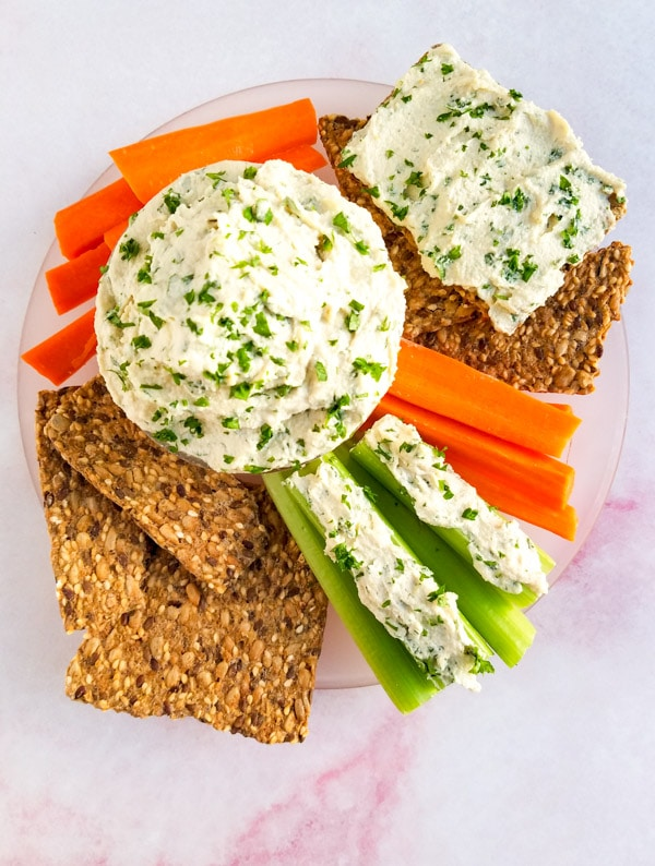 garlic herb vegan cream cheese