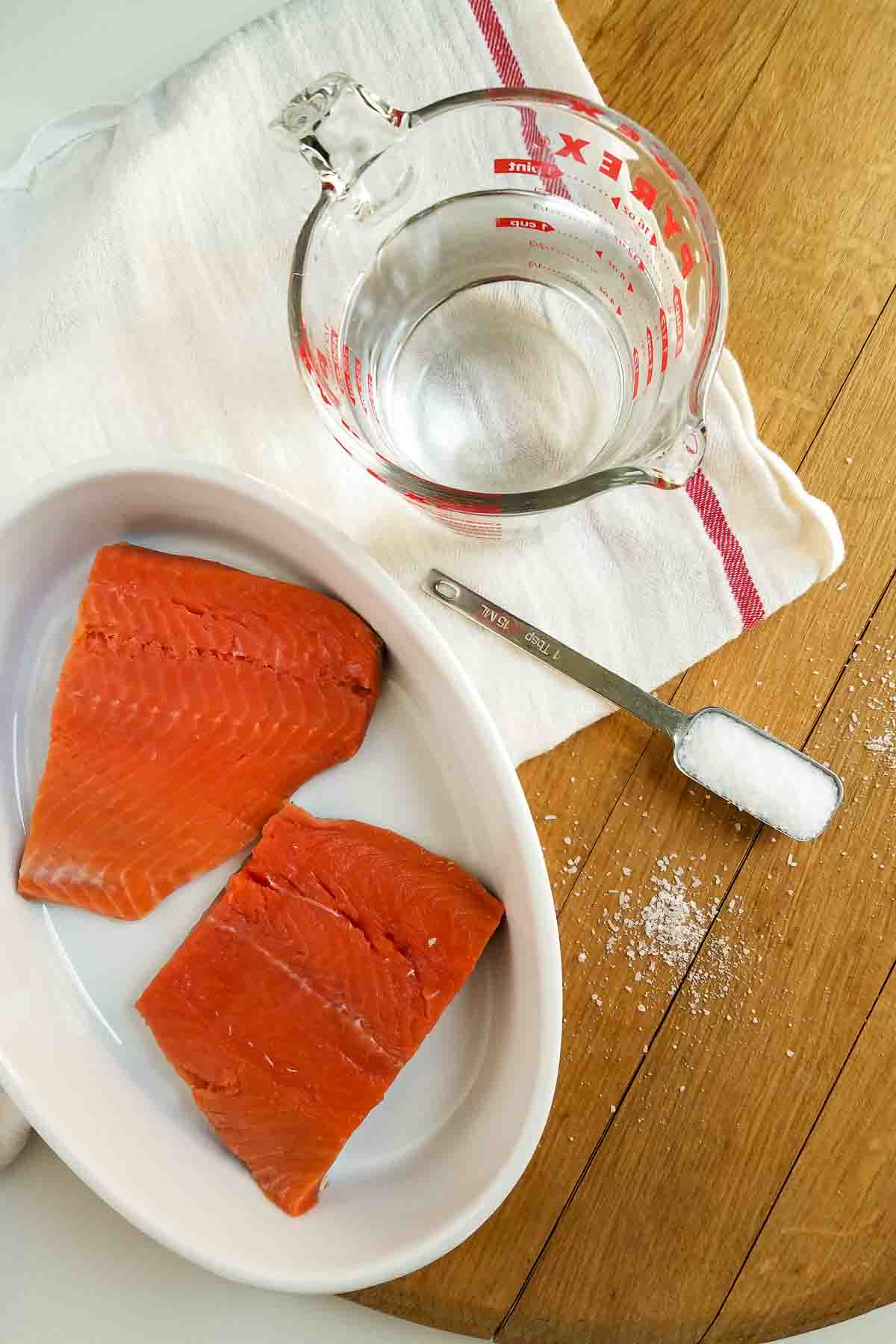 removing shite fat from salmon