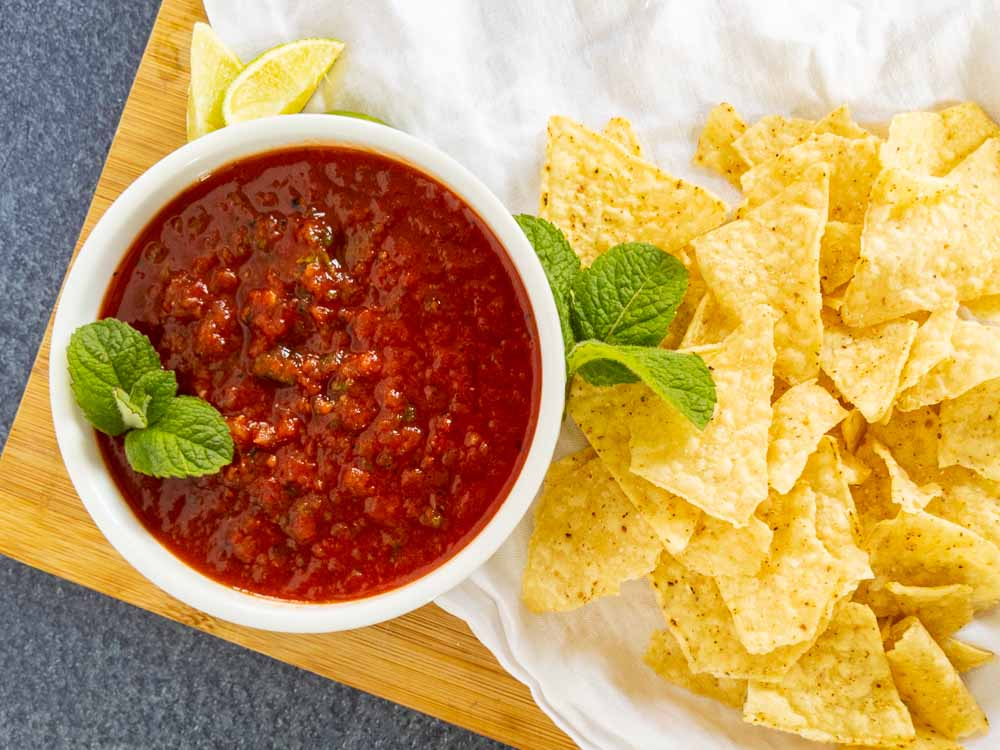 salsa recipe with no cilantro in bowl with chips