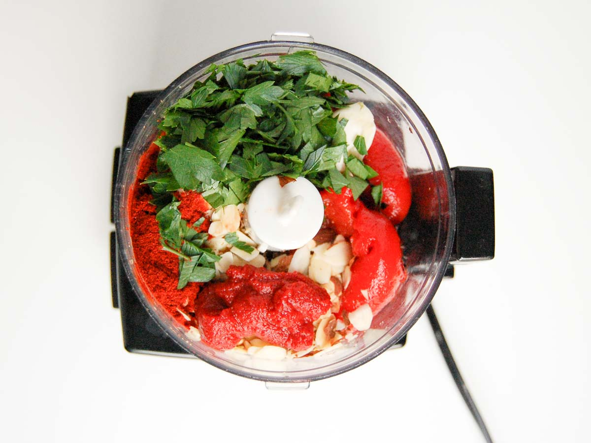 spanish ed pepper sauce ingredients in a food processor