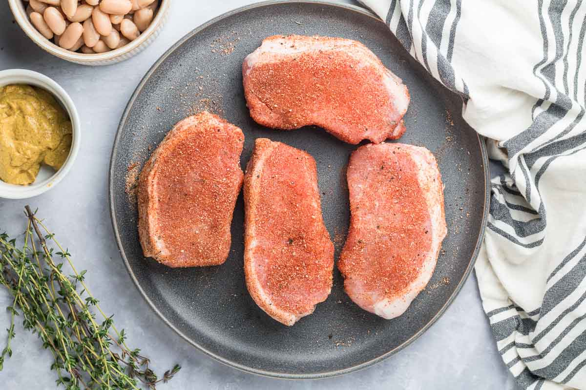 pork chops with seasoning