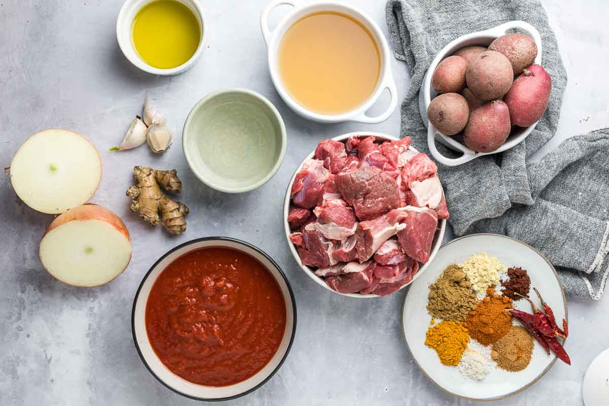 ingredients for vindaloo laid out